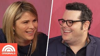 'Frozen' Star Josh Gad Shares The Reading Tradition He Started With His Daughters | TODAY Original
