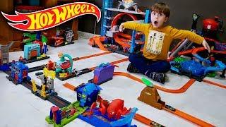 HOT WHEELS CITY!! Lava Rápido do Jacaré e Ultimate Garage na Cidade de Brinquedo