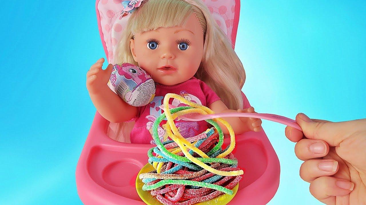 видео как играют в куклы подтвердит, что