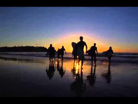 The Piltdown Men -   Night Surfin'