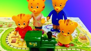 DANIEL TIGER and Toy Wind Up Train Book!
