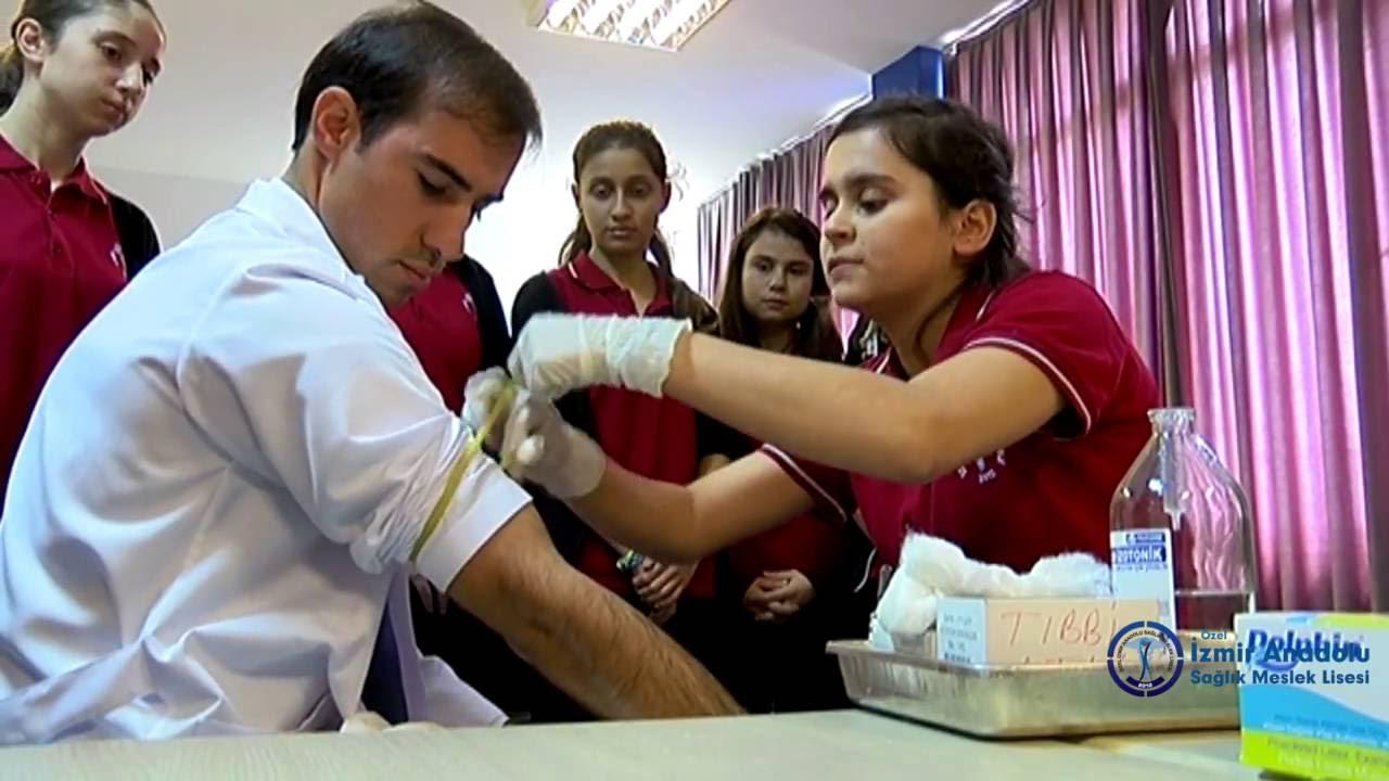 Pınarbaşı'ndaki İzmir Özel Sağlık Meslek Lisesi, İzmir'in sağlık alanındaki ilk özel okuludur.