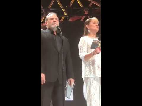 Periscope Cesar Evora y Daniela Romo Premios TvyNovelas 2017