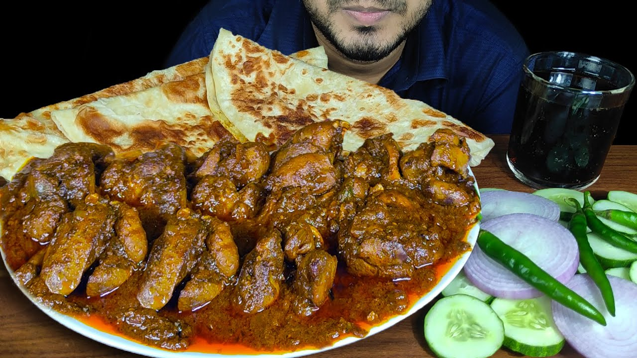 EATING PARATHA WITH CHICKEN LIVER & GIZZARD CURRY, CHILI, ONION & CUCUMBER | MUKBANG | EATING SOUNDS