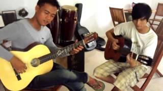 Hai anh giai cover Điệp khúc mùa xuân flamenco cực phiêu