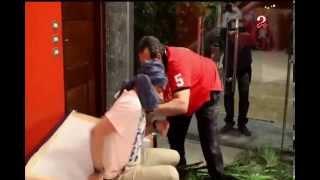 فيديو   مجدي عبد الغني يضرب خالد عليش بعد مقلب «100 ريختر»