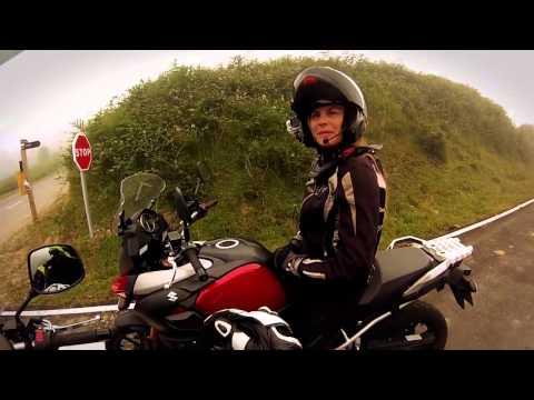 Motos Garage Tv : Ruta al Angliru con Judith Obaya y las Suzuki V-Strom