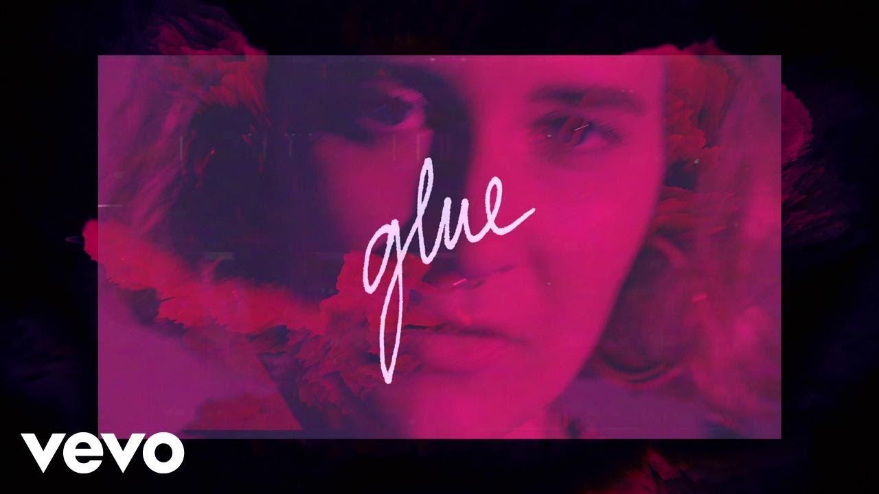 fickle-friends-glue-official-video-ficklefriendsvevo