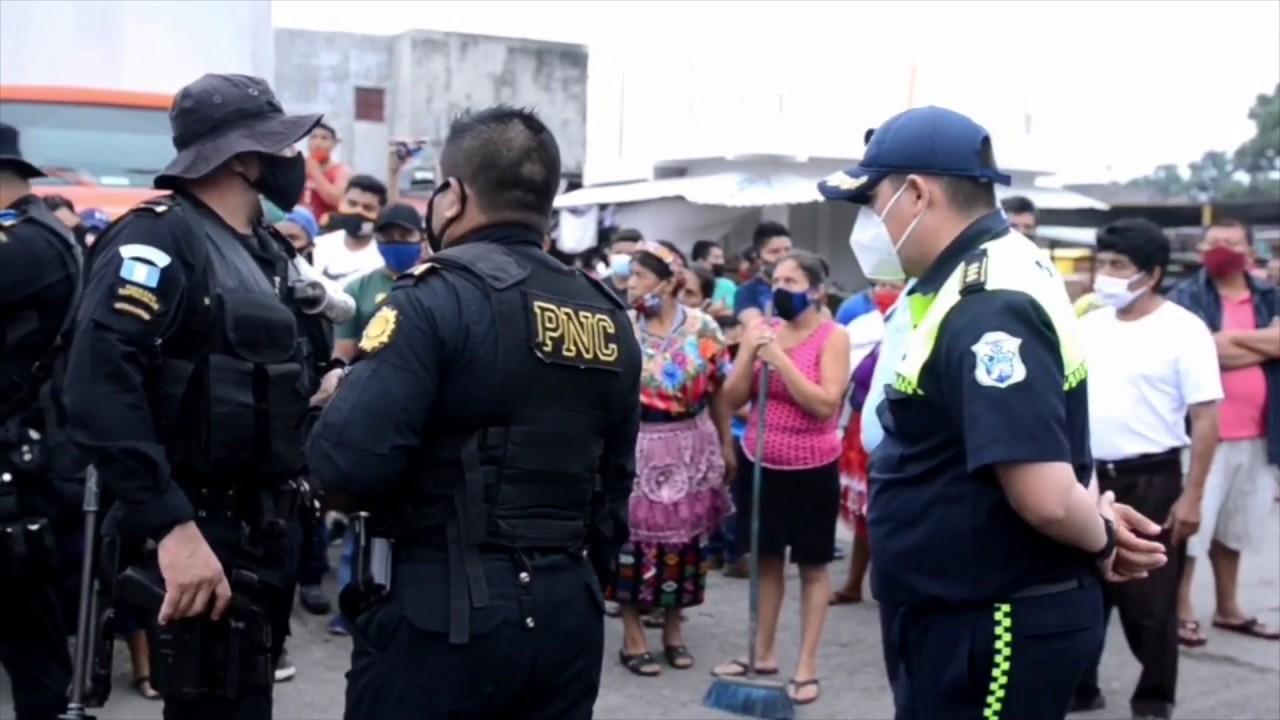 Vendedores y familias en Retalhuleu aún esperan ser tomados en cuenta en programas de gobierno