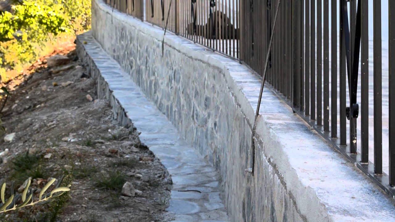 Finaliza la construcci n de un muro de contenci n en - Muros de piedra construccion ...