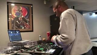 Scratching On The Roland DJ-808