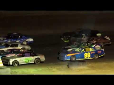 Desert Thunder Raceway|IMCA Stock Car Main Event|9/30/17|Castle Country Clash
