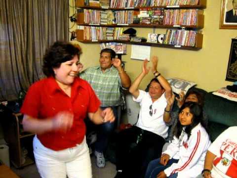 EL JIPI JAY DE MARUCHA { A } EN LA CIUDAD DE BERKELEY CALIFORNIA