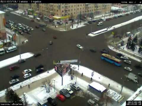 Авария Ленина Энгельса 05 02 2013 , 10 15