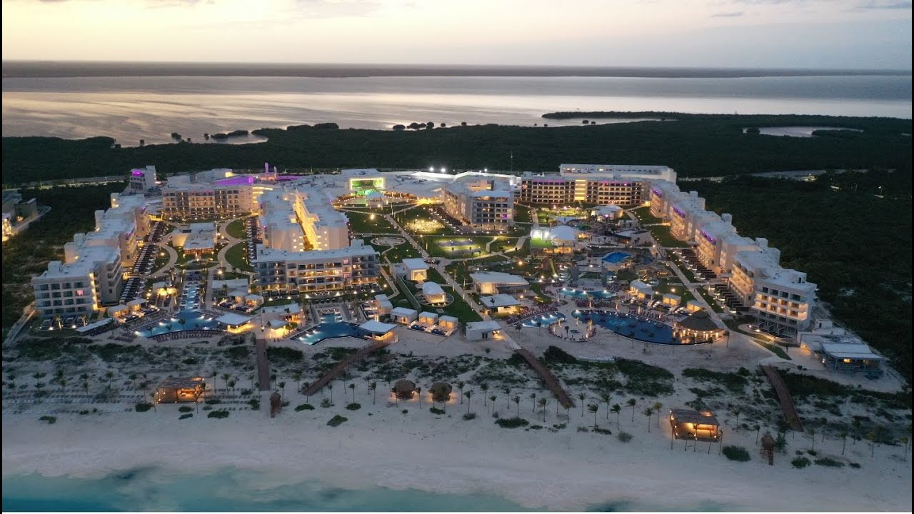 Planet Hollywood Cancun Preview - Pre-Opening Overview - YouTube