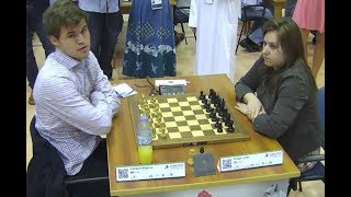 World Chess Champion Vs Best Female Chess Player!! Magnus Carlsen Vs Judit Polgar - Blitz Chess 2014