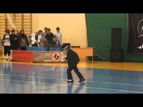Танец памяти Майкла Джексона