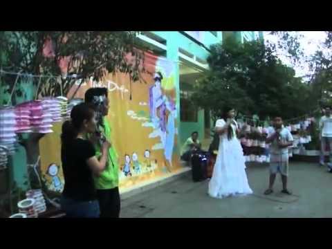 CLB Thien Duyen _ Kich chi Hang va su tich chu Cuoi tai lop hoc tinh thuong.avi - YouTube