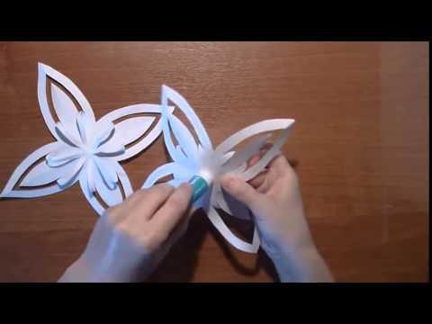 Как сделать красивую фигурную снежинку из бумаги