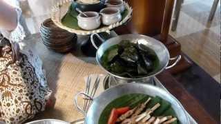 Nasi campur station at the Boneka Restaurant breakfast buffet (St Regis Nusa Dua, Bali)