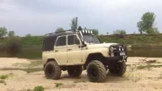 УАЗ V8 по песку на фбел