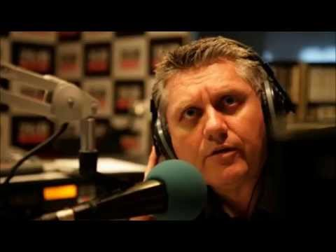 Ray Hadley phones Triple M after Mike Carlton called him a wife basher