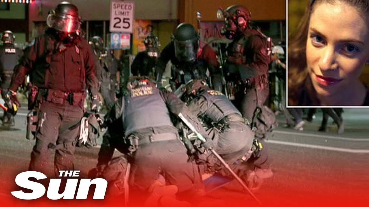 Portland's ENTIRE riot team quits after cop indicted for hitting 'photographer'