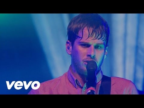 Foster The People - Don't Stop (Color On The Walls) (VEVO Presents)
