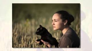 Девушка и кошка фильм show0
