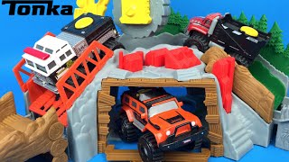 TONKA Climbovers Ripsaw Summit Truck Toys for kids - Mighty Machines Fire Stomper Heavy Hauler
