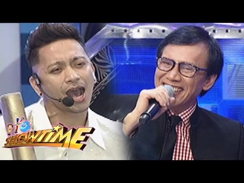 It's Showtime: Jhong wows Rey Valera