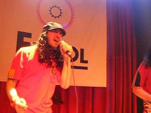 """Manolito Metal y Rigodon cantan """"Antisocial"""" en AK Madrid Julio 2010"""