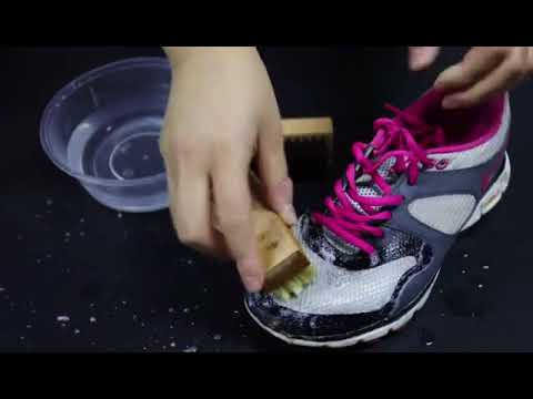 Air mesh shoe cleaner effective cleaning of stubborn stains on shoes