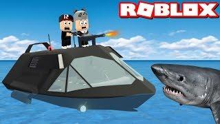 En Güçlü Tekneyi Aldık!! Köpek Balığından Kaçıyoruz - Panda ile Roblox SharkBite