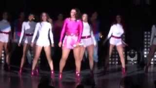 Yuridia - I wanna dance with some body / Bailando sin salir de casa - Auditorio Nacional (28 03 14)
