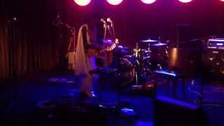 Seprewa Nyame by Afro Moses Solo Live @The Blue beat