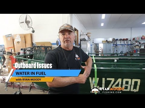 Water in outboard motor | symptoms, troubleshooting and maintenance tips