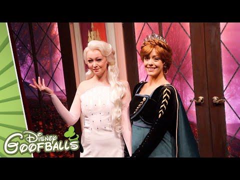 New Anna & Elsa Frozen 2 Meet And Greet ❄️ - Disneyland Resort Anaheim 2019 🇺🇸