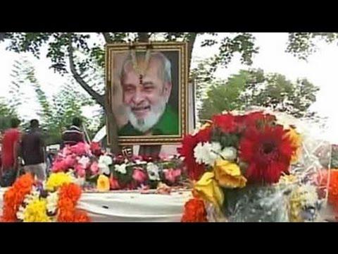 Bidding farewell to literary icon UR Ananthamurthy, 2:59 PM - NDTV  - LGYtF9Psq70 -