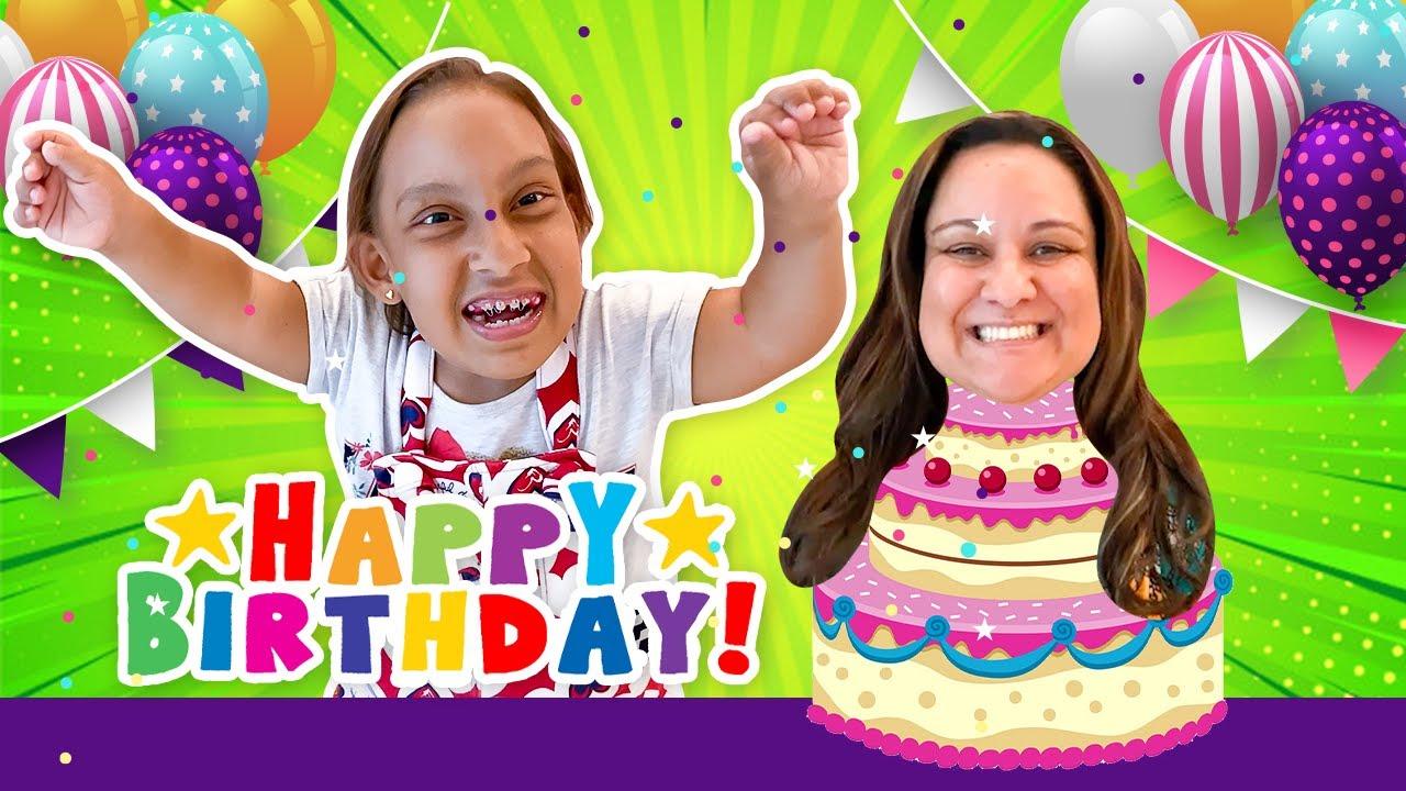 Maria Clara e o ANIVERSÁRIO SURPRESA da MAMÃE (Happy Birthday Surprise Party) - MC Divertida