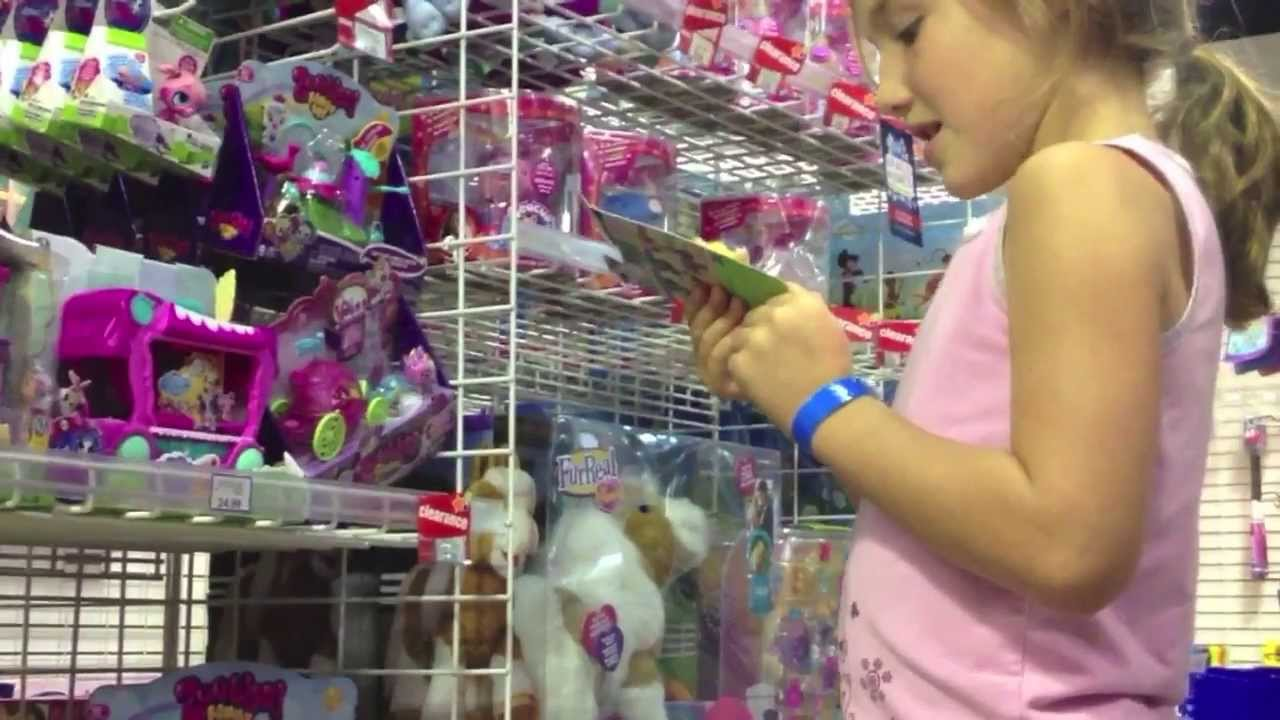 Shopping For Lps Toys Littlest Pet Shop At Toys R Us Express Youtube
