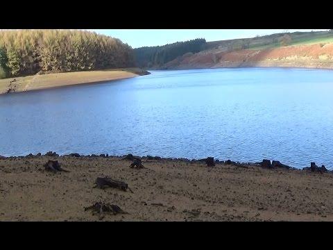 Metal Detecting UK (756) XP Deus -Searching the Reservoir