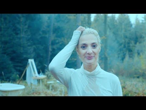 Barbora Poláková - Po válce (oficiální video)