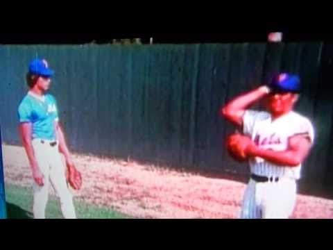 Willie Mays Instructs Lee Mazzilli New York Mets!