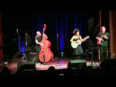 Jazzschule Berlin 2012:06 @ ufaFabrik: Jardin d'hiver, Bona