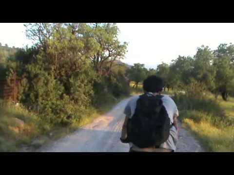 ΑΦΡΑΤΙ ΒΟΛΤΑ ΜΕ ΤΑ ΠΟΔΗΛΑΤΑ ΣΤΟ ΒΟΥΝΟ ΛΕΥΚΟ 7/5/2011