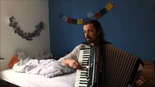 Yann Tiersen A quai accordion cover