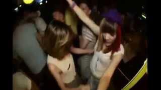 Nonstop - Đánh Sập Giàn Khoan DJ Manic (HungSaker)