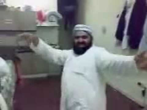 pashto funny video. amir saheb azimullah in board bazar.flv