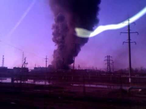 Пожар Отрадный 2014, нефть